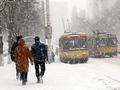 Советы водителям: Что делать, если вы застряли на дороге зимой