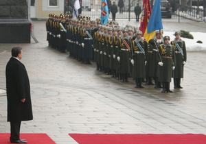 """Янукович обеспечит """"хорошую погоду"""" на 9-ое мая"""