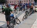 В Киеве установят скульптуру - велосипедную парковку