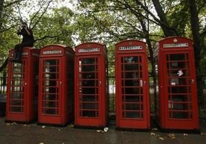 В Британии открыли магазинчик в телефонной будке