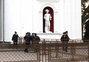 В МВД заявили, что искали в кабинете мэра Одессы взрывчатку