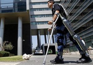 В Израиле разработали костюм, который позволит парализованным снова ходить