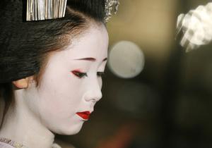 Исследование: Детей самураев губила косметика матерей