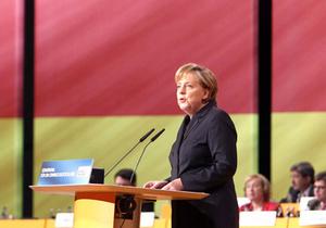 Меркель: У нас не слишком много ислама, у нас мало христианства
