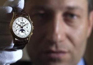 Установлен мировой рекорд цены на частную коллекцию часов