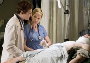 В США душевнобольной мужчина три недели выдавал себя за врача в медцентре