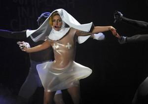 Элтон Джон увидел в Lady GaGa свою внебрачную дочь