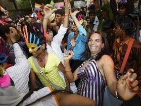 В Дели проходит гей-парад