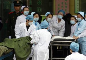 В Китае во время давки в начальной школе пострадали около сотни детей