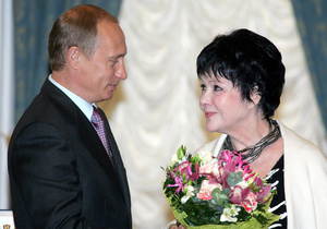 Сегодня в Москве похоронят Беллу Ахмадулину