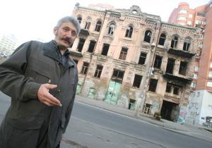 Корреспондент: Украина ежегодно теряет сотни памятников архитектуры
