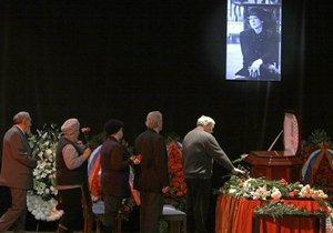 В Москве похоронили Беллу Ахмадулину