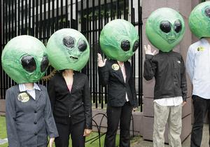 В Бердичеве может появиться памятник погибшему инопланетянину