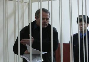 Дело Лозинского: Мать убитого Олийныка хочет получить 10 млн гривен за моральный ущерб