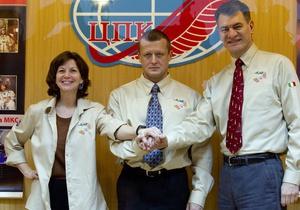 Экипаж МКС будет работать на станции до мая 2011 года