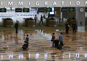 В столичном аэропорту Бангладеш показали порно