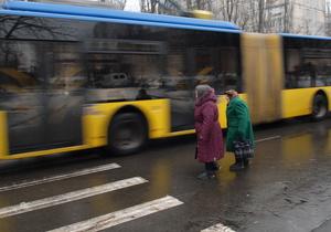 Власти Киева намерены передать Енакиево два троллейбуса