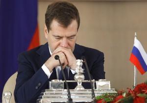 Медведев: Если РФ не будет участвовать в ПРО НАТО, придется принимать