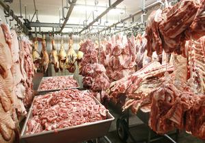 Украина уменьшает объемы импорта мяса