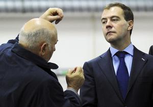 Медведев объяснил, почему уволил Лужкова