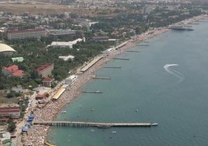 Крым надеется принять порядка шести миллионов туристов в 2011 году