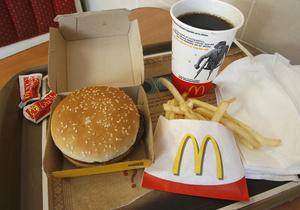 Отравление во Львове: McDonald's заявил, что попадание ртути в чизбургер невозможно