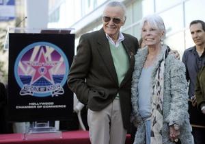 Создатель комиксов Стэн Ли получил звезду на Аллее славы в Голливуде