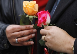 Антирекламу однополых браков сняли в США
