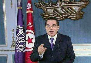 В Тунисе арестовали 33 родственника бежавшего президента