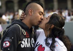 Британские ученые научились определять любовь с помощью томографа