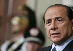 СМИ: Берлускони подозревают в связях с еще одной несовершеннолетней проституткой