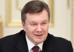 Янукович в Давосе не смог выговорить лозунг Украины на Евро-2012