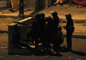 В центре столицы Египта военные начали стрелять на поражение по мародерам