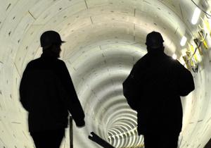 Власти изучают выводы международных экспертов о строительстве тоннеля под Днепром в Киеве