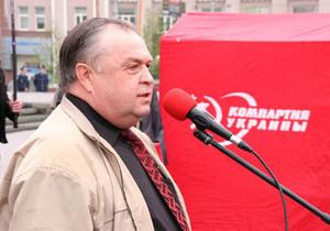 Коммунист уверен, что в Администрации Януковича работают националисты