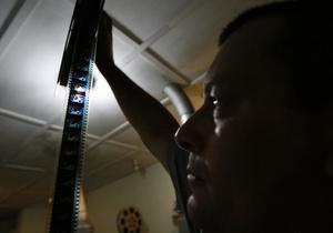 Авторы программ Золотого глобуса и Венецианского кинофестиваля отберут фильмы для КМКФ