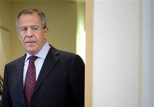МИД РФ попросил Токио возбудить дело в связи с осквернением российского флага