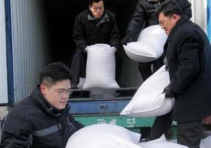 СМИ: Власти КНДР поручили дипломатам достать как можно больше риса
