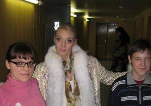 Первый канал и НТВ сняли Волочкову с эфира. Она обвинила в этом администрацию Медведева