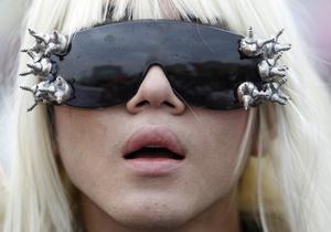 Новый сингл Lady GaGa стал тысячным лидером чарта Billboard