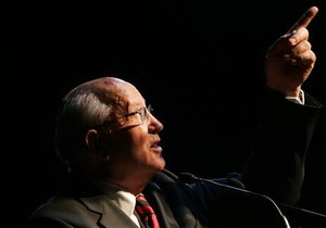 Горбачев высказался за захоронение тела Ленина