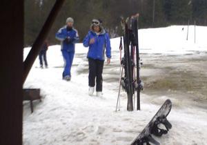 На Буковеле поймали вора, который крал лыжи и продавал их через интернет