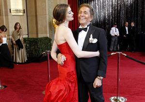 Фотогалерея: Короли и королевы. Наряды и украшения церемонии Оскар-2011