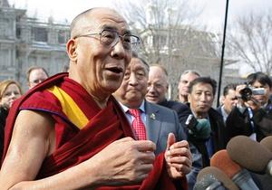 Далай-лама намерен отказаться от политической деятельности