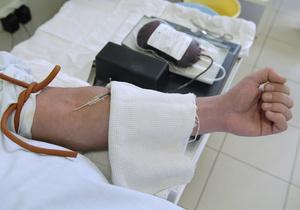 Фотогалерея: Доноры в погонах. Украинские военнослужащие сдали кровь для онкобольных детей