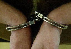 Киевcкая милиция задержала работника налоговой за взятку в 23 тыс. грн