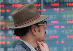 Корреспондент: Урок экономики от Гонконга и Сингапура Азарову и его команде