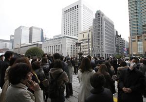 В Токио павильоны одной из крупнейших арт-ярмарок в мире превратили в приют для пострадавших