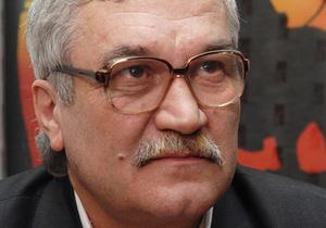 Шкляр: Если Янукович ставит цвет нации ниже Табачника, то мы будем действовать радикально