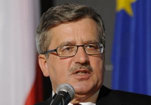 Президент Польши из-за плохой погоды не смог возложить цветы к гробу Качинского